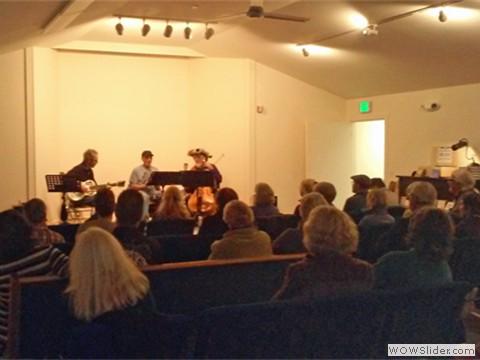 Concert space, has piano